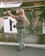 Феноменът Иван Милев: Мобилните апарати и завистта ни носят депресии и тумори